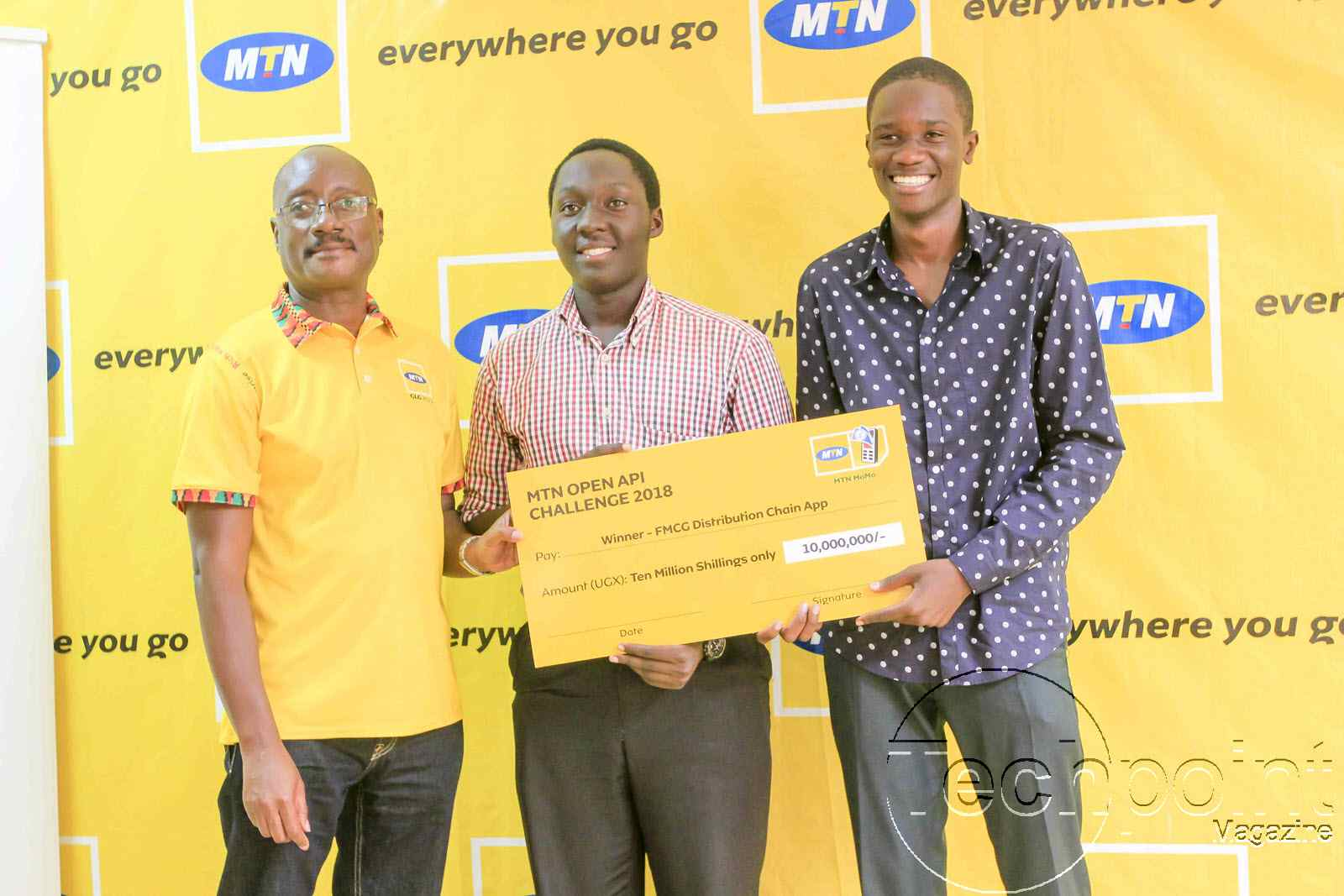MTN CEO Gordian Kyomukama Handing over the MTN OPEN API Challenge Cheque