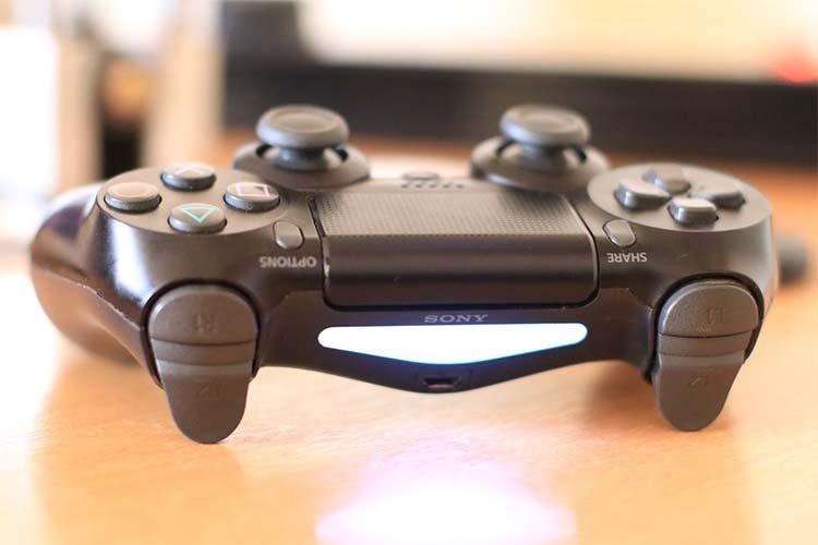 PS4 Dualshock 4 controller pairing mode